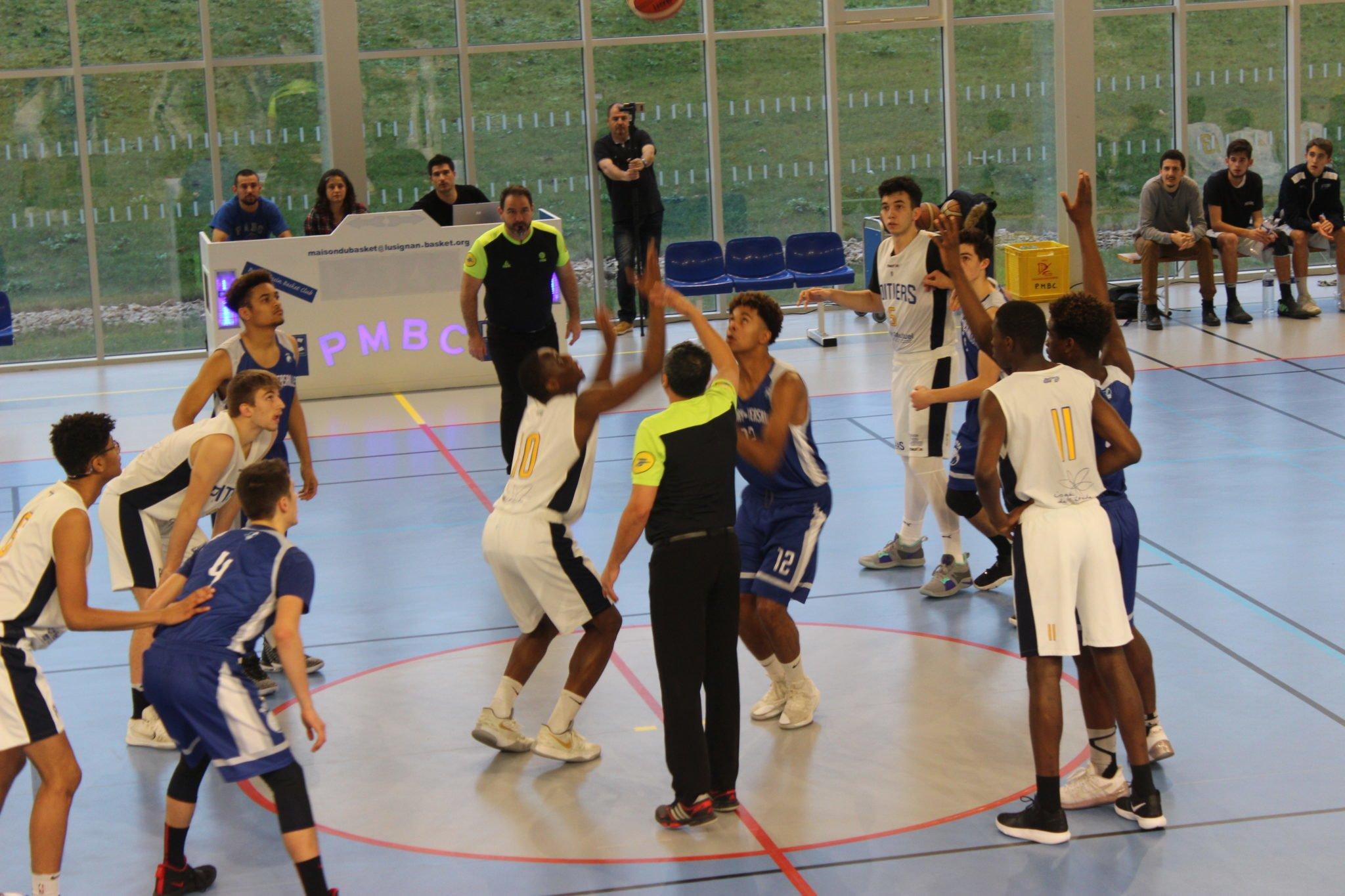 Revivez les matchs de 16eme et 8eme de finale U17M à Lusignan