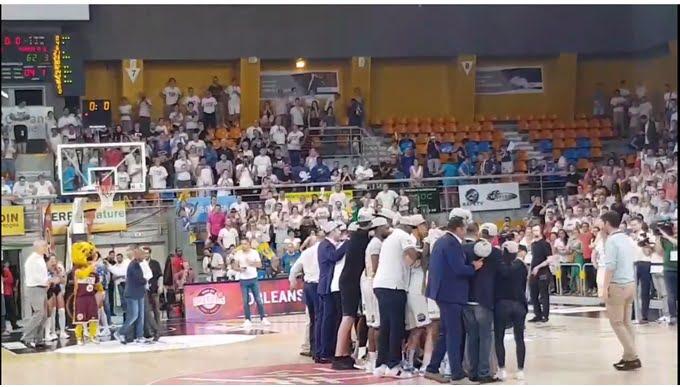 Vidéo : La joie des joueurs d'Orléans après leur victoire en finale synonyme de montée en Jeep Elite !